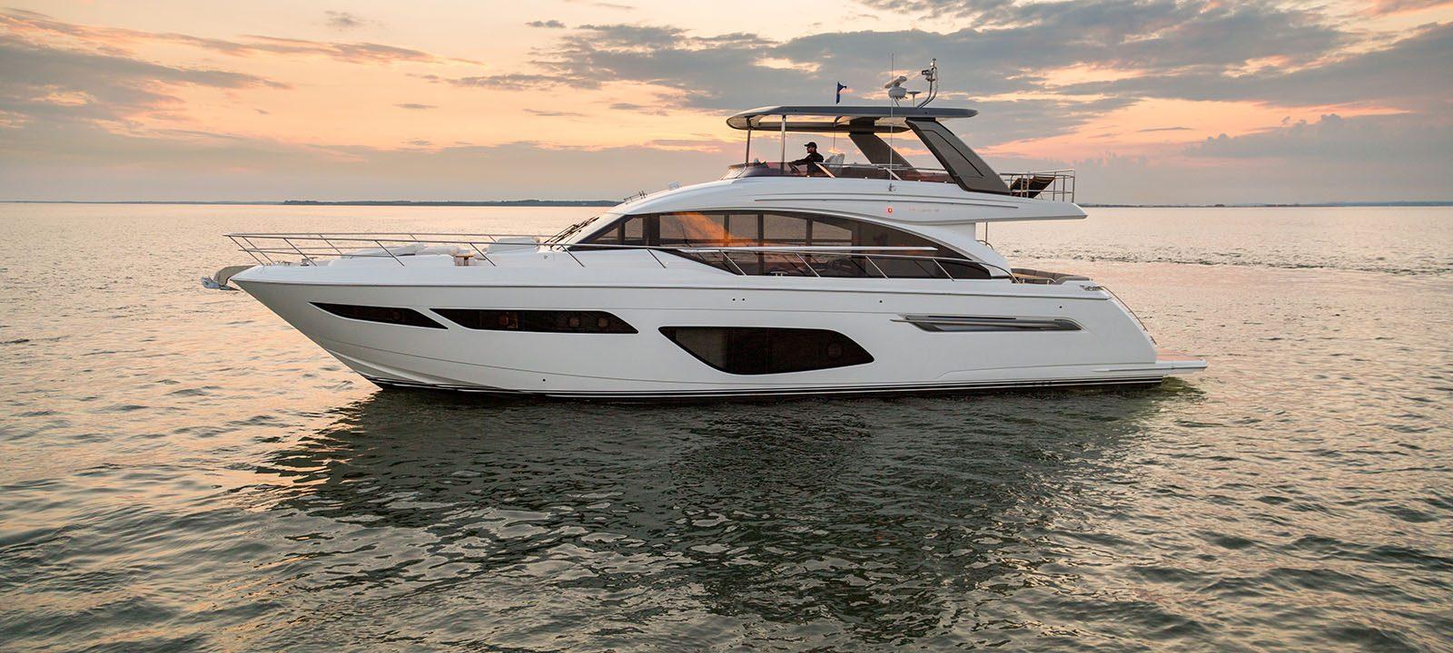 70 exterior white hull