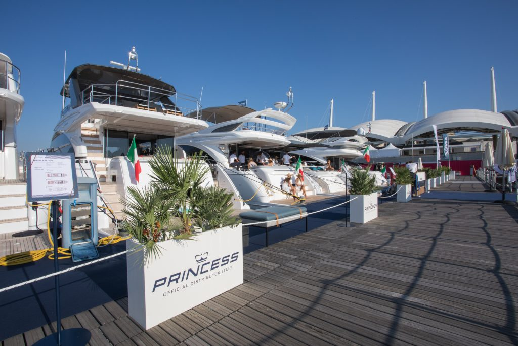 Open day weekends: we wait for you for visits and tests in Sanremo Portosole